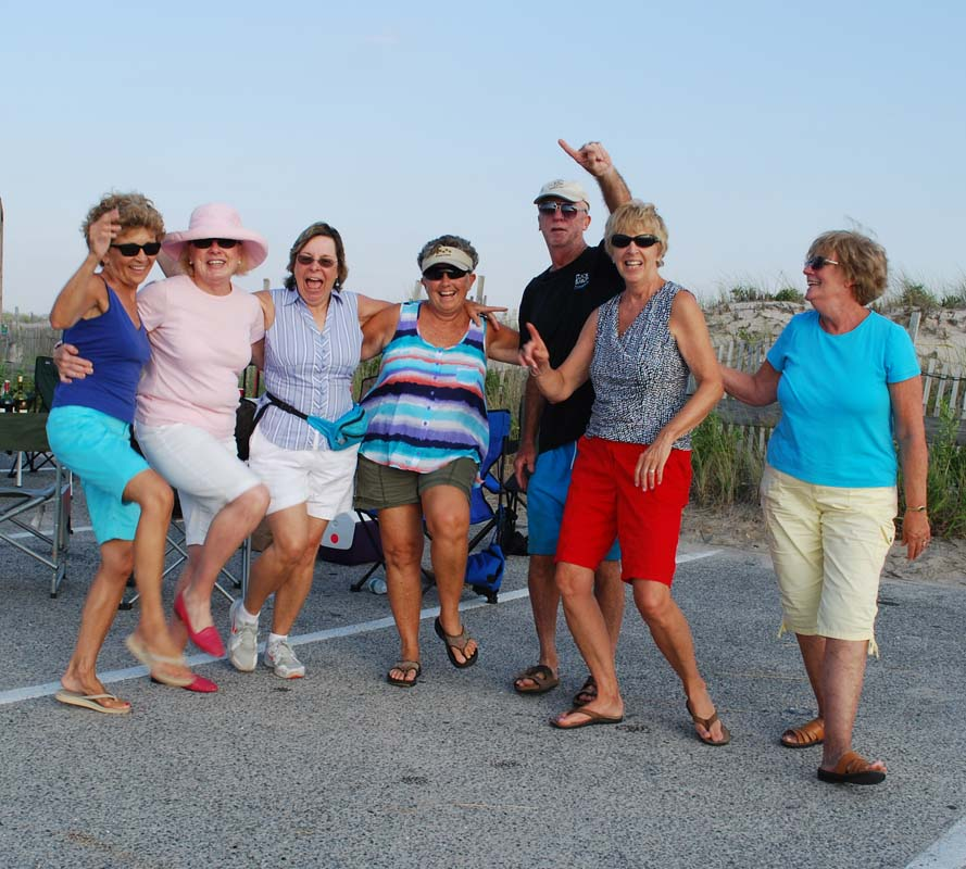 dsc_0089-dancing-beach-friends